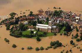 Tewkesbury in Flood. Image thanks to www.theguardian.com